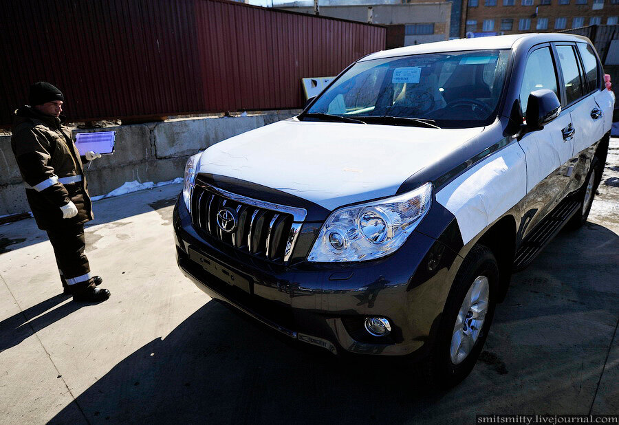 Как собирают Toyota Land Cruiser Prado во Владивостоке
