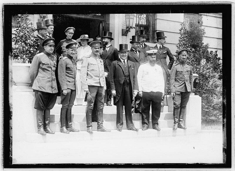 Lt. Martynoff, Capt. Chutt, Genl. Roop, Amb. B.M. Bahtmatiff, Genl. Lomonossoff, Col. Avanovsky, Russian envoys to Wash., June 1917