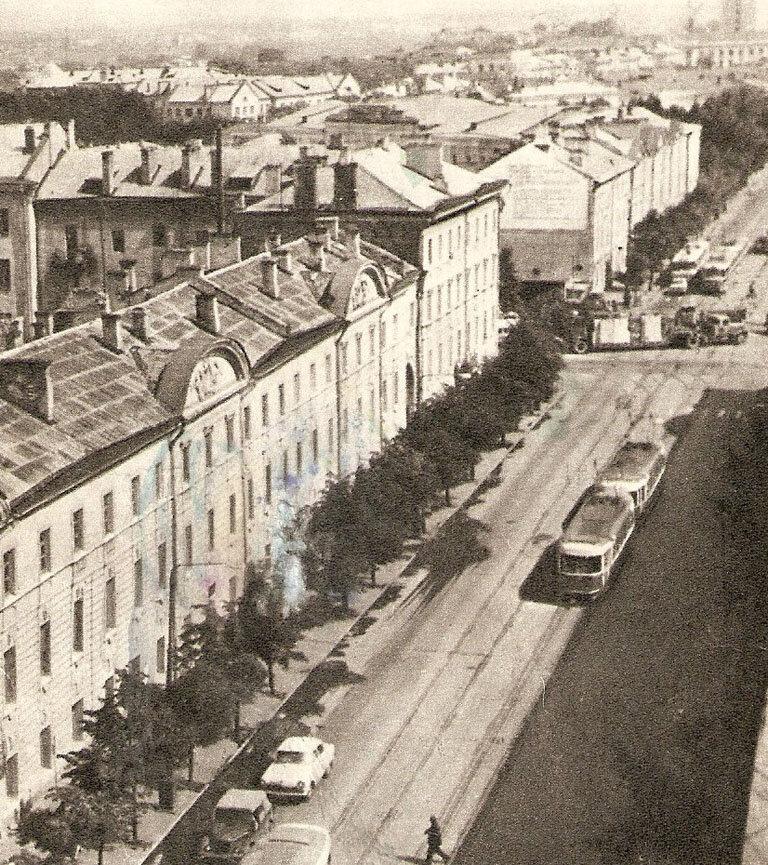 Центральная магистраль города - улица Советская