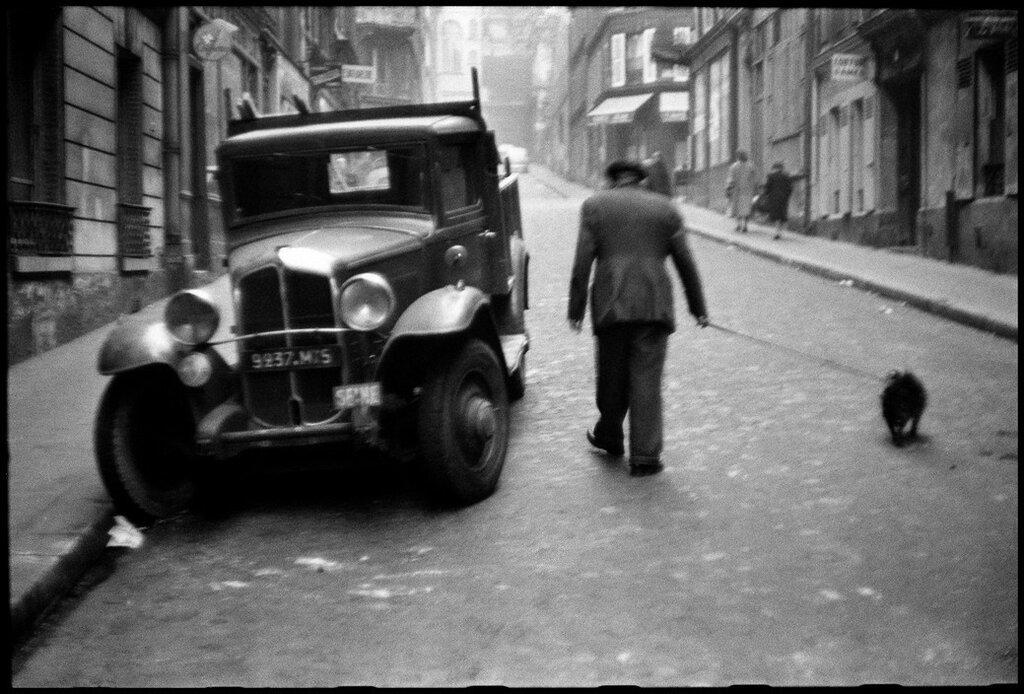FRANCE. Paris. 1952.jpg