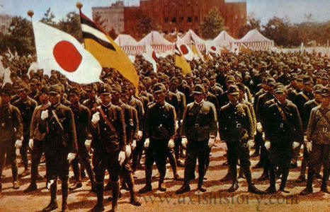 jp-manchukuo-parade.jpg