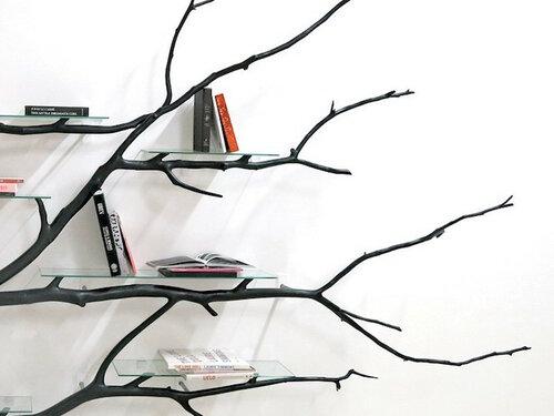 Необычные полки - ветви деревьев