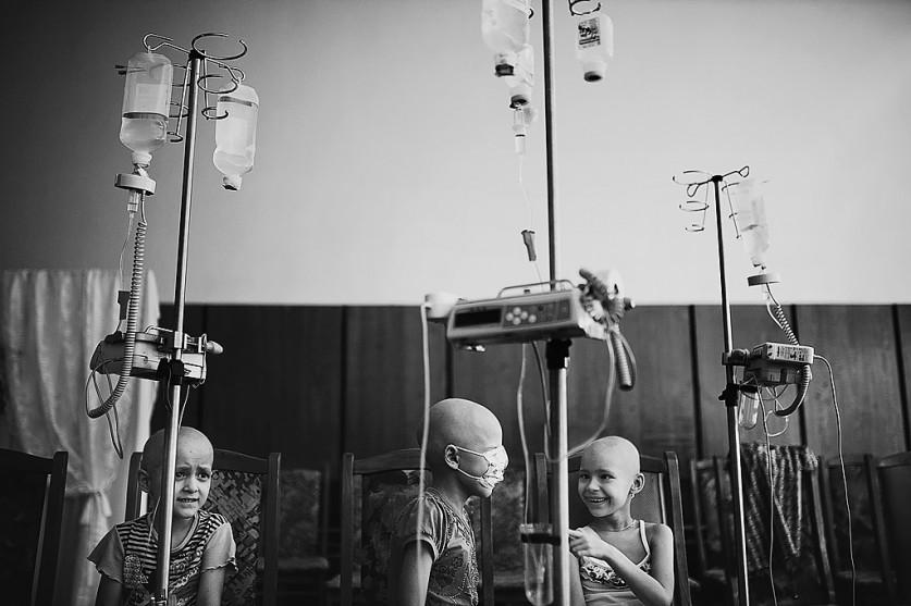 «Из благотворительного проекта про онкологию. Дети всегда остаются детьми, в какой бы трудной ситуац