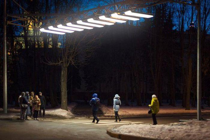 В Москве установили первую воздушную зебру