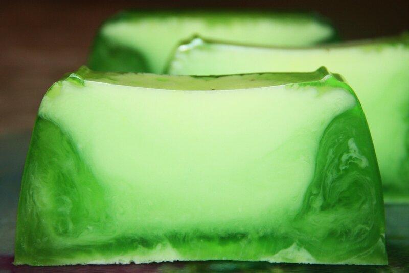 мыло, мыло ручной работы, хобби, мыло из мыльной основы, мыло кусками, ароматизаторы для мыла, состав мыла, варим мыло дома