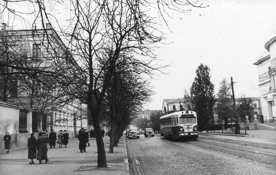 1954. Улица Владимирская