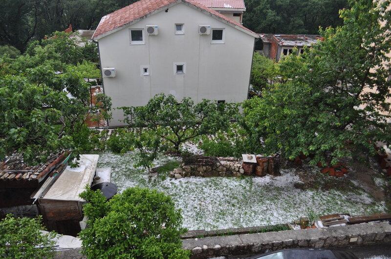 Черногория, Будва после града