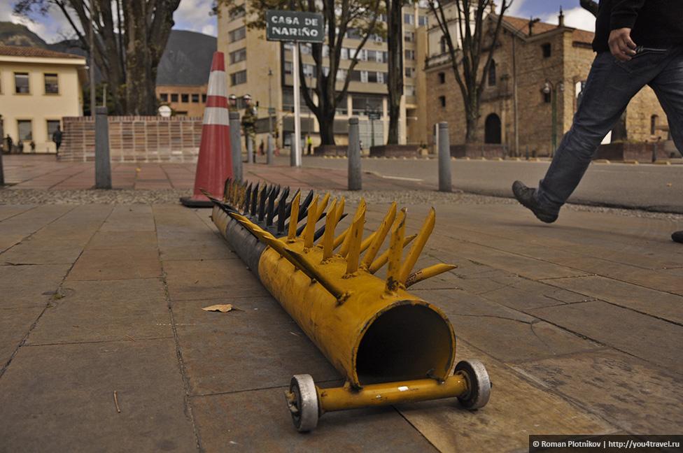 0 177db3 d0faa67d orig День 201 202. Охота за туристической картой Боготы и многочасовые прогулки по историческому району Ла Канделария   La Candelaria