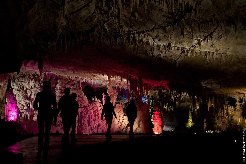 Грузия. Кумистави, пещера Прометея.