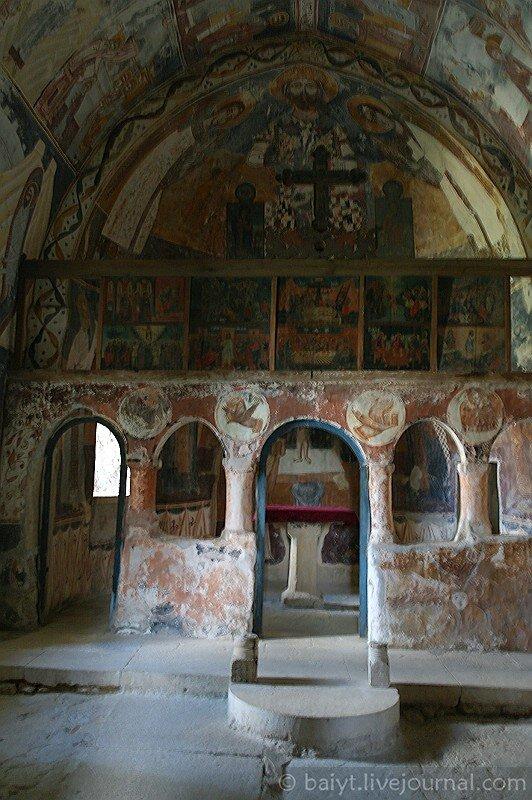 Северный придел собора в Гелати