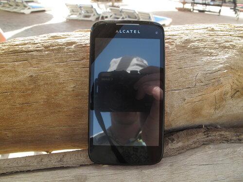 Alcatel OT-997D, внешность