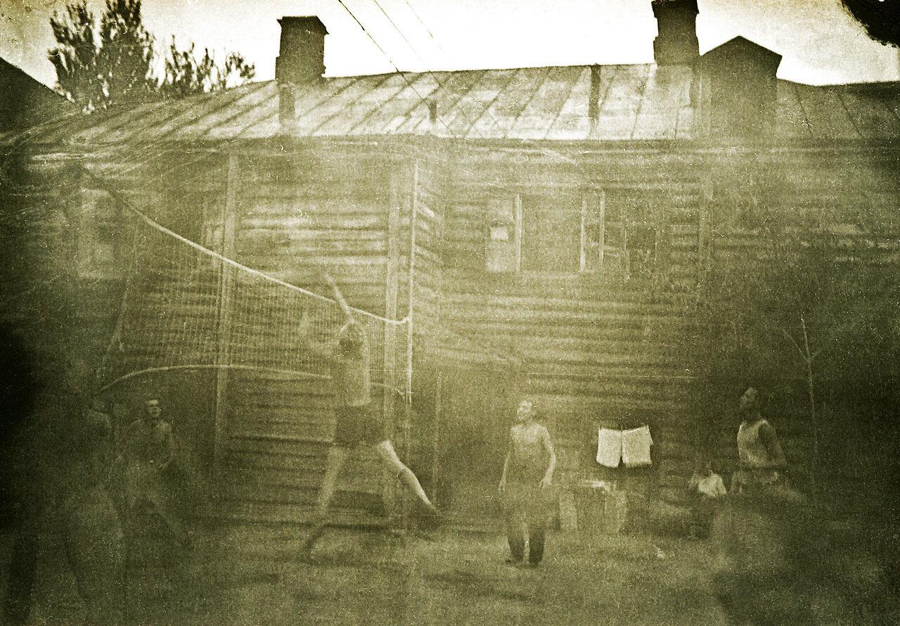 1940 г. Двор дома №6 по Дорогомиловскому валу