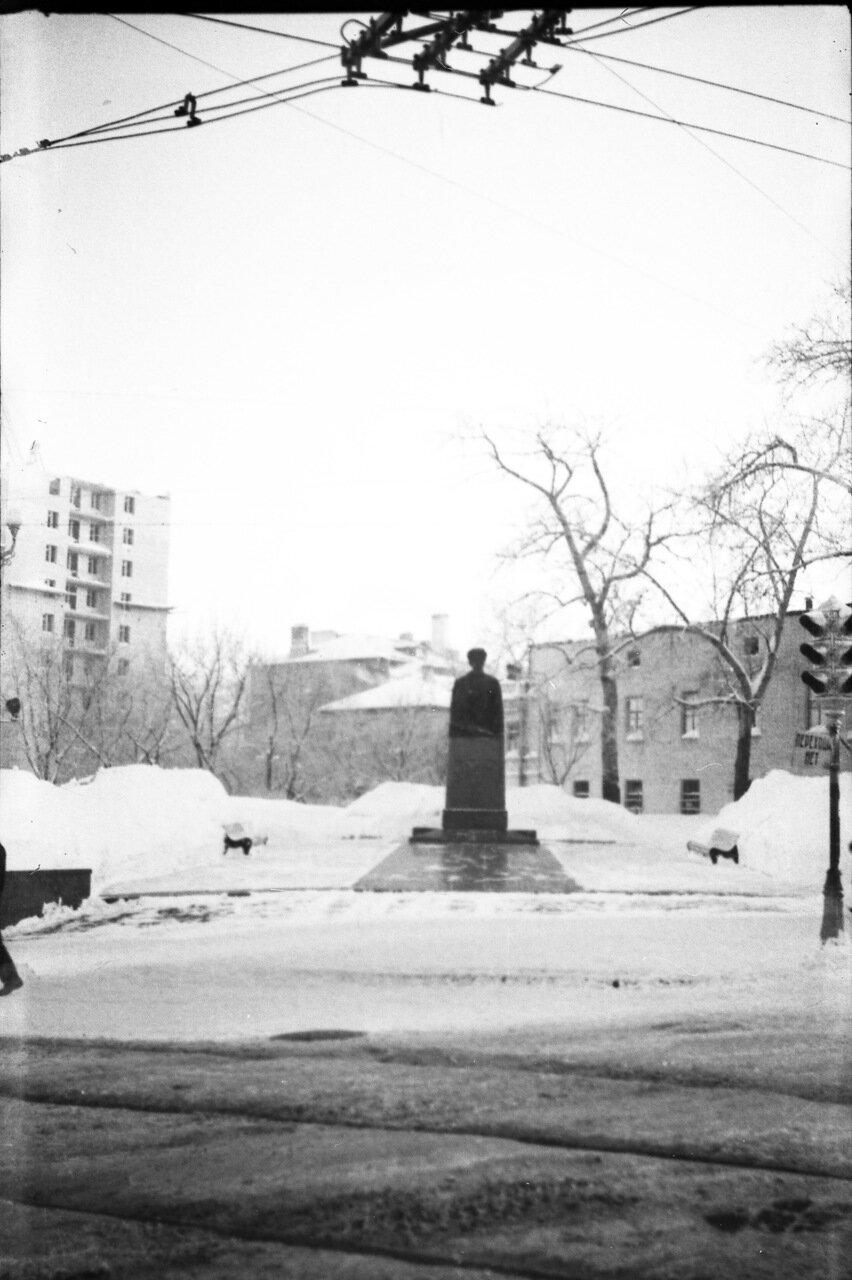 Памятник Свердлову
