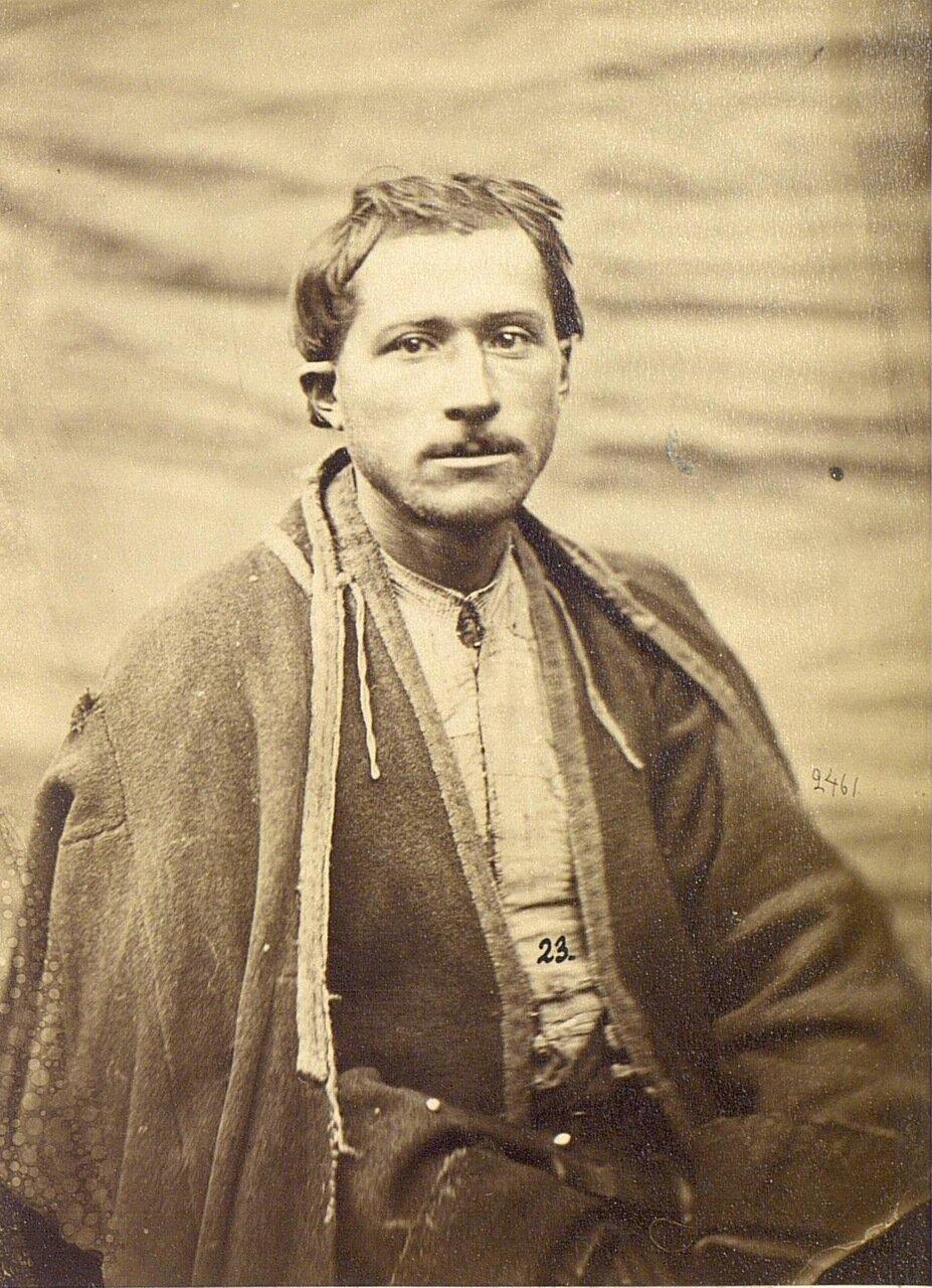 Человек из деревни Узун.
