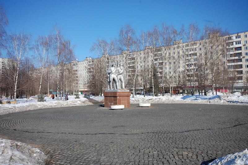Памятник народным ополченцам
