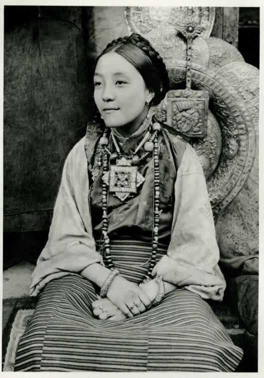 Young Tibetan woman from Darjeeling, India, 1928