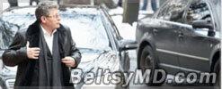 Гимпу ездит на парламентской машине с фальшивыми номерами