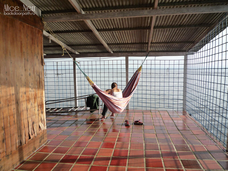 утро в гамаке посреди озера Марокайбо