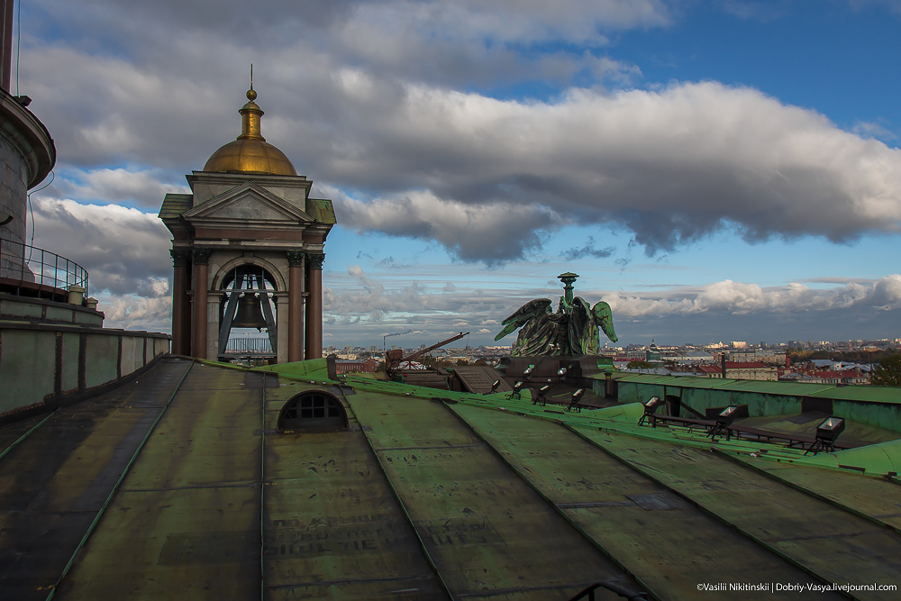 На крыше Исаакия
