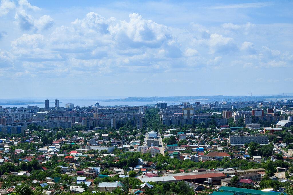 Саратов и Волга