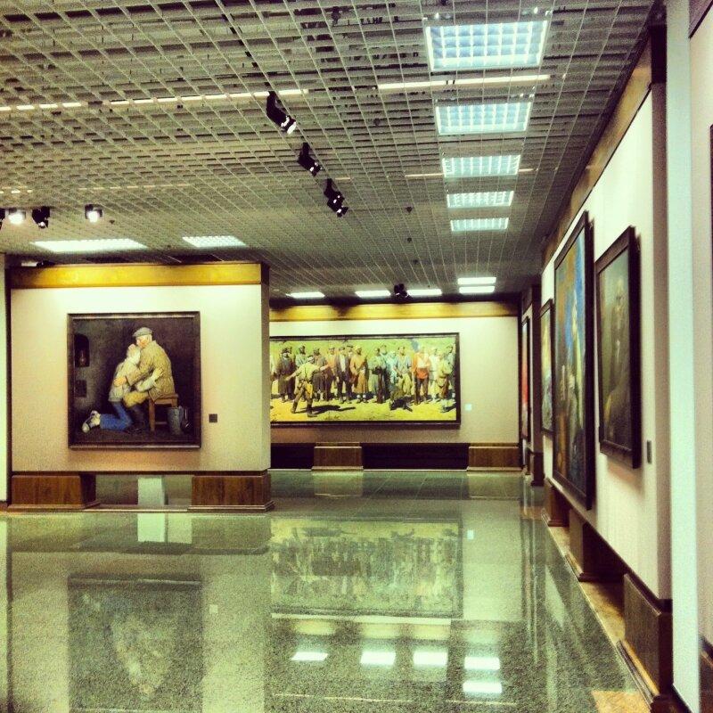 Картины Г. Коржева в основной экспозиции ИРРИ