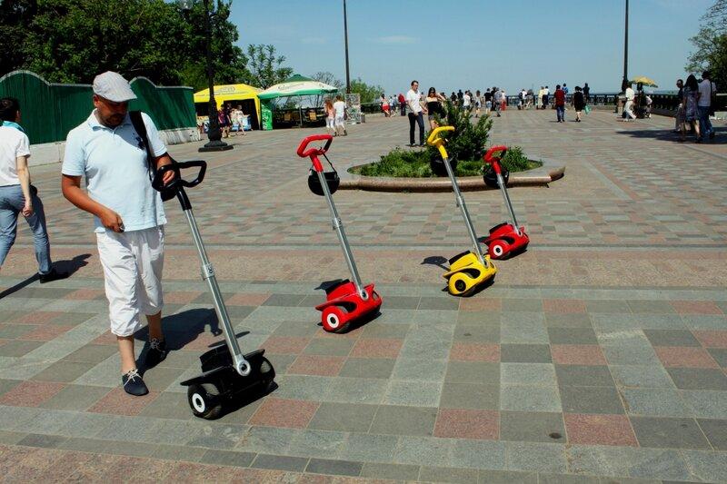 Прокат скутеров в Мариинском парке