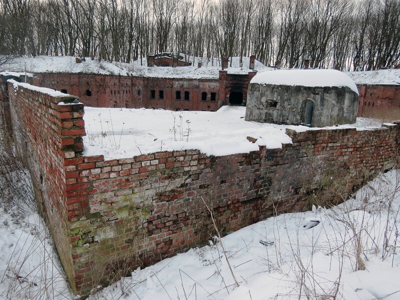 Размеры форта - примерно