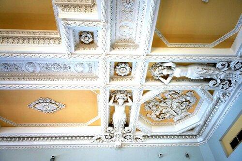 Парадный зал Дома Пашкова