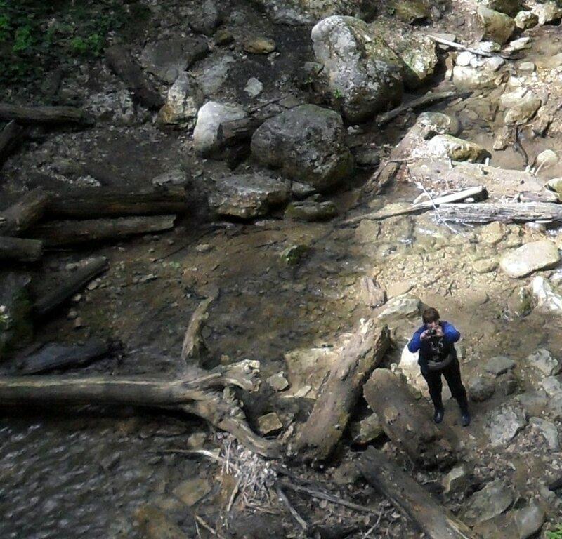 Кавказ, у реки, окрестности Горячего Ключа, апрель 2013