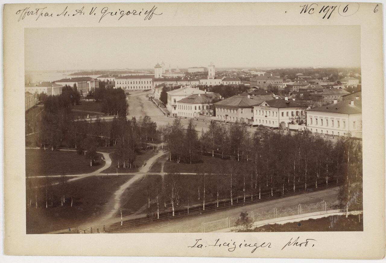 На главной площади Архангельска