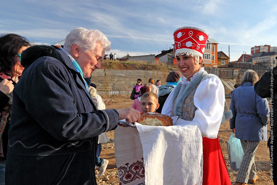 встреча туристов теплохода Василий Чапаев в Вятских Полянах