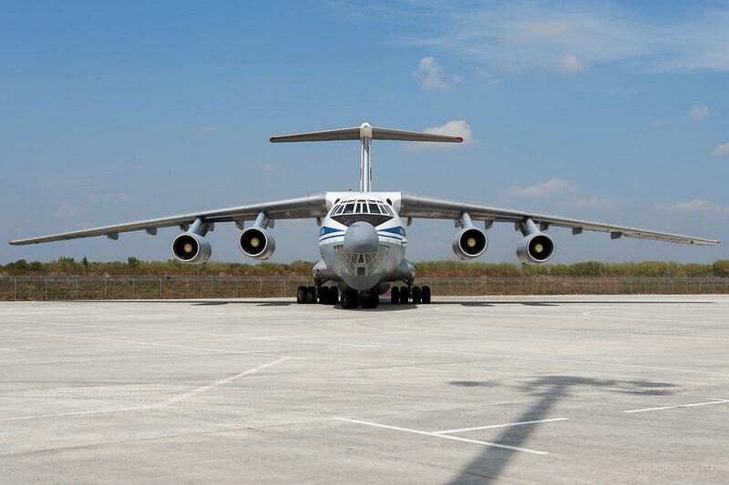 Ильюшин Ил-76МД (RA-76599) D700355