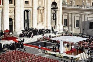 В честь нового Папы будут названы улица и станция метро