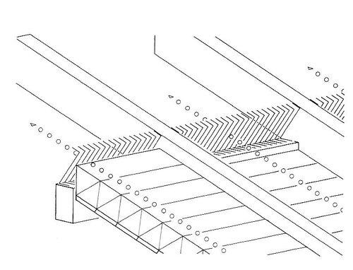 Нижний воздушный канал на коньке односкатной кровли; перфорированная профилированная планка / вентиляционная лента