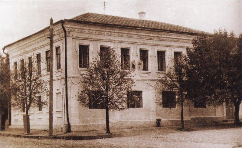 Здание петровской таможни