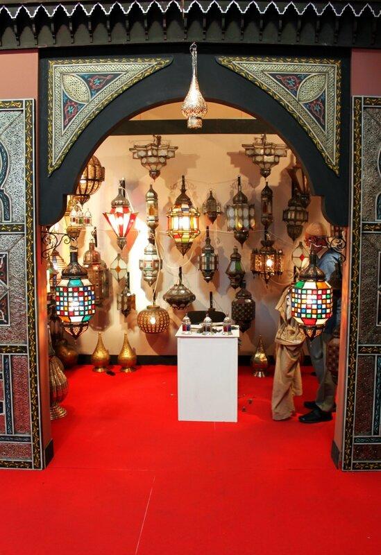Экспозиция марокканских ламп