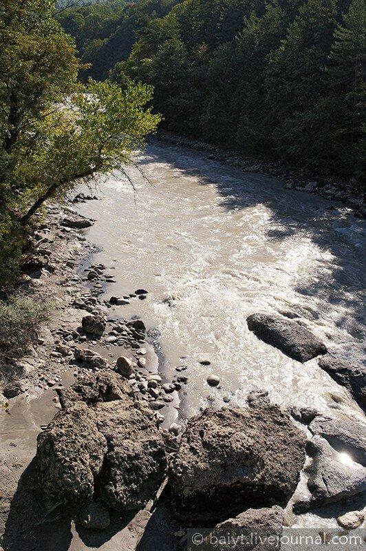 Река Риони в Раче