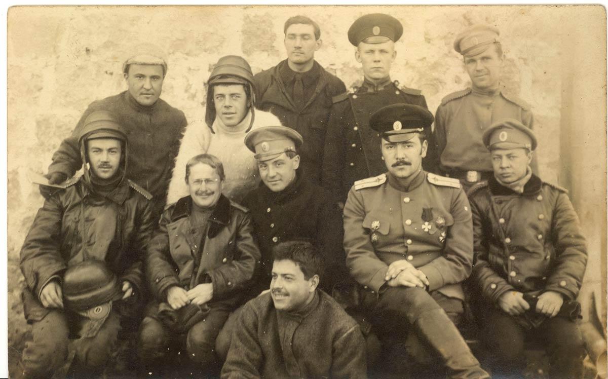 Штабс-капитан Коновалов Федор Евгеньевич, в 1912 г. окончил Офицерскую школу авиации Отдела воздушного флота в Севастополе. Военный летчик (17.12.1912).jpg