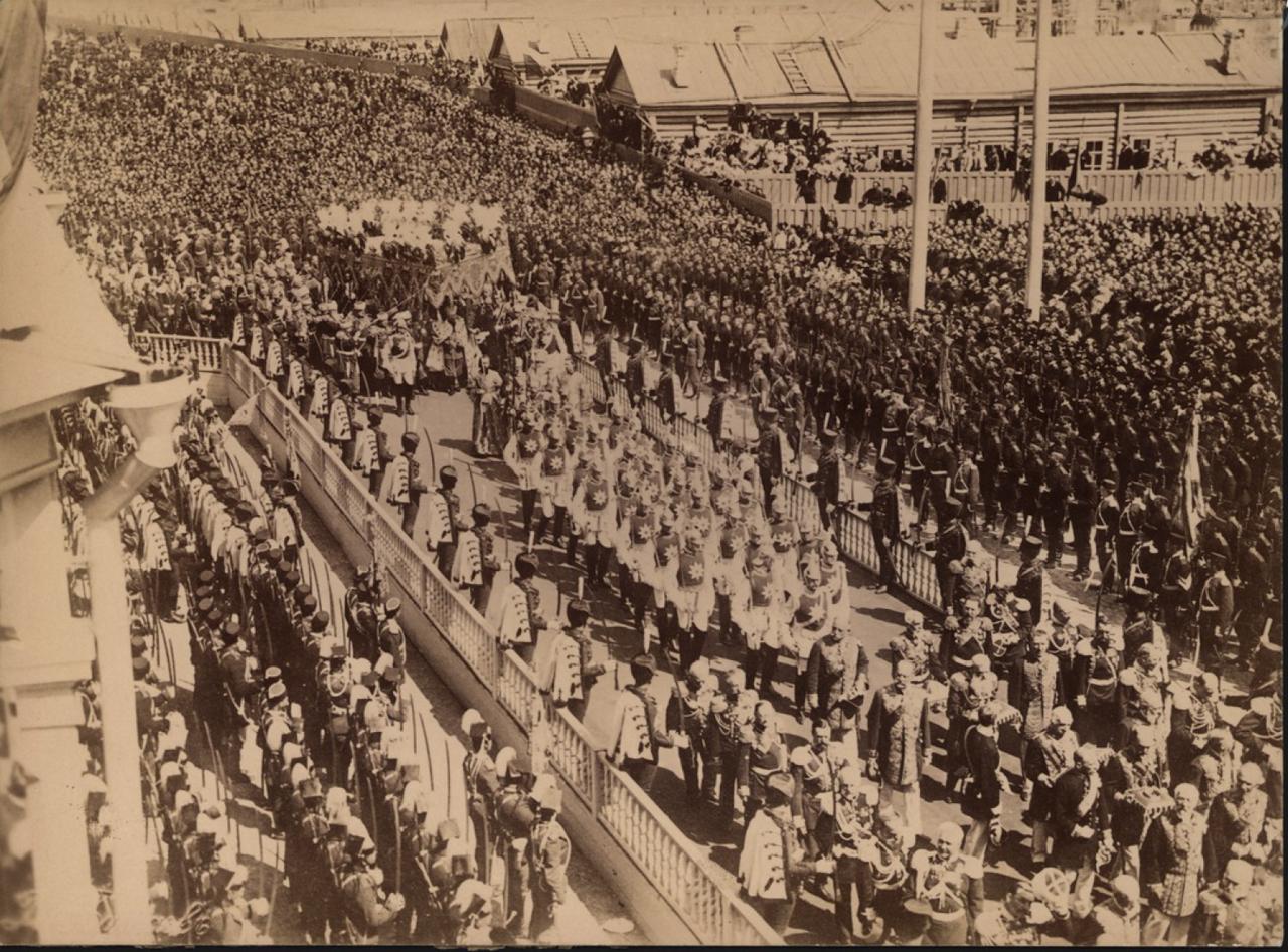 Церемония коронации Николая II в Москве.1896