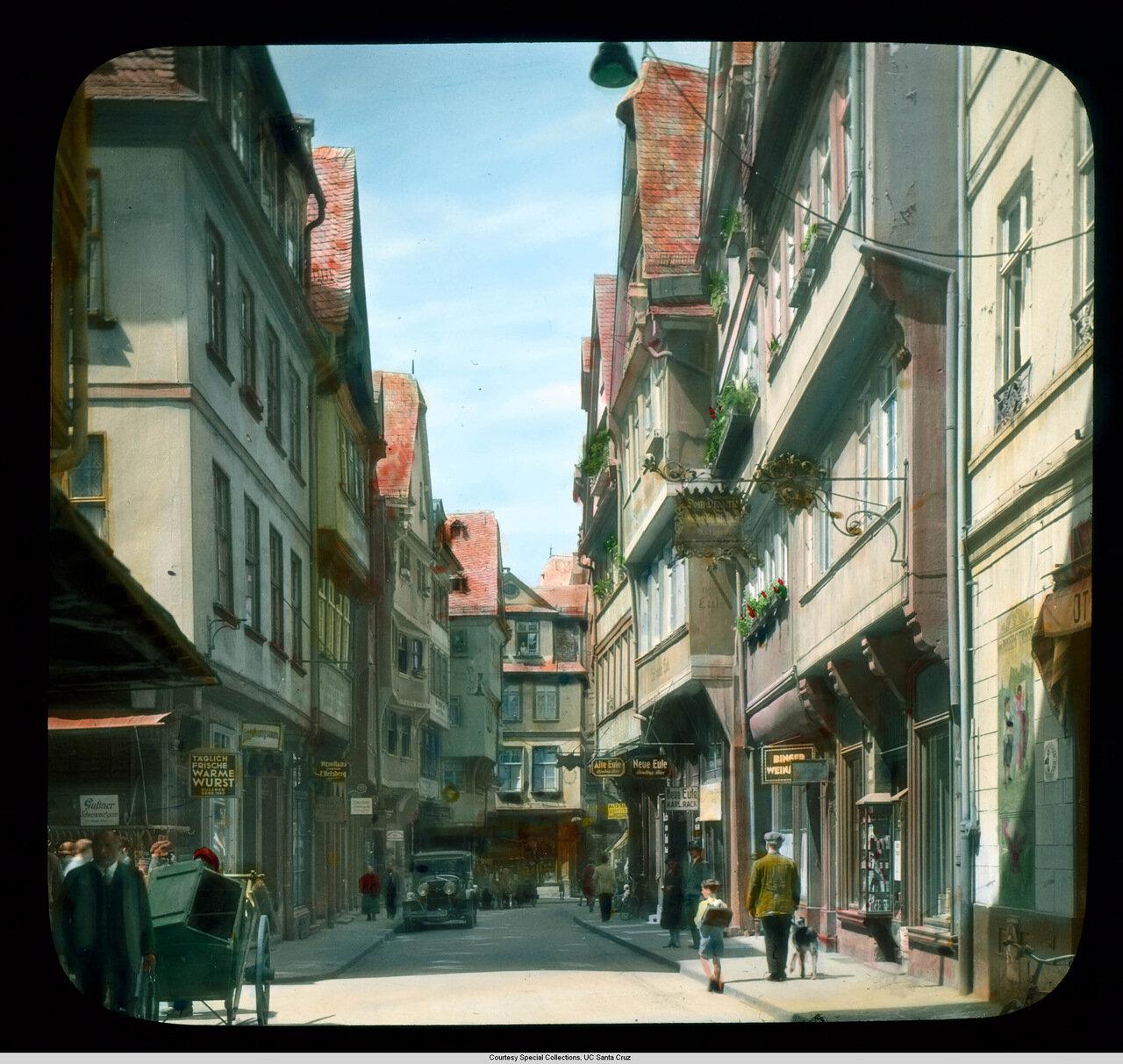 Франкфурт-на-Майне. Магазины на площади Рёмерберг