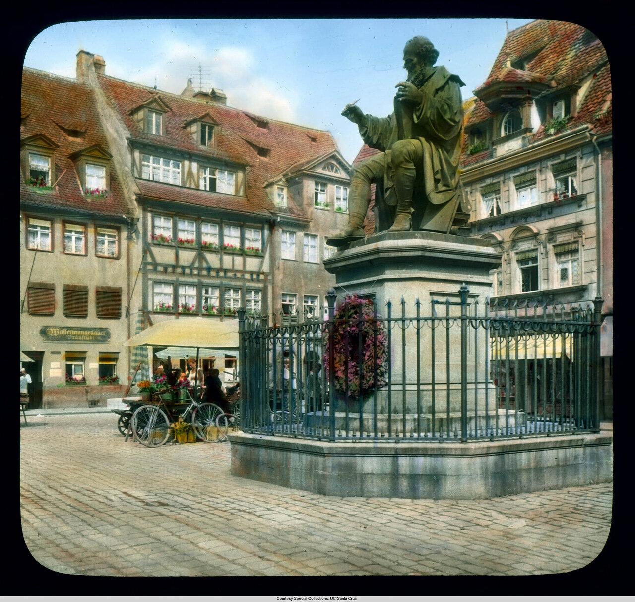 Нюрнберг. Площадь Ганса Сакса и его памятник
