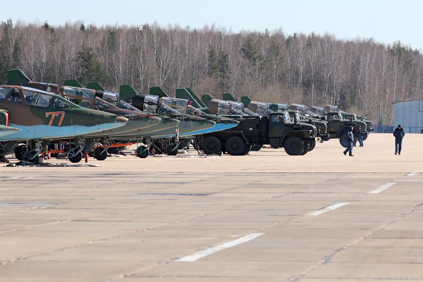 Sukhoi Su-25 Frogfoot - Page 3 0_b98ab_a2d324c5_orig