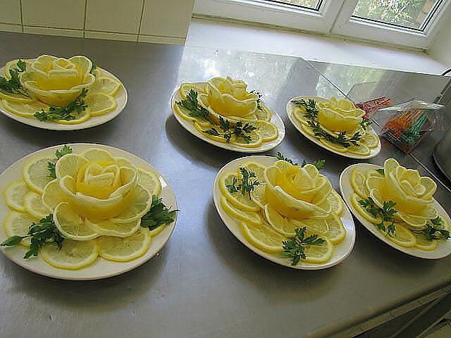Украшение салатов пошаговое с