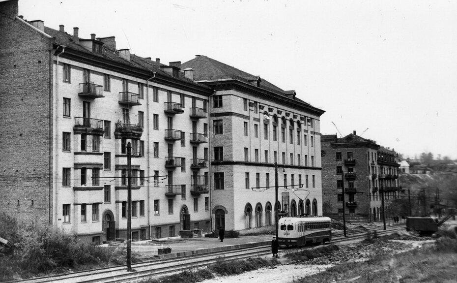 1958. Улица Мечникова в районе домов №№14-16
