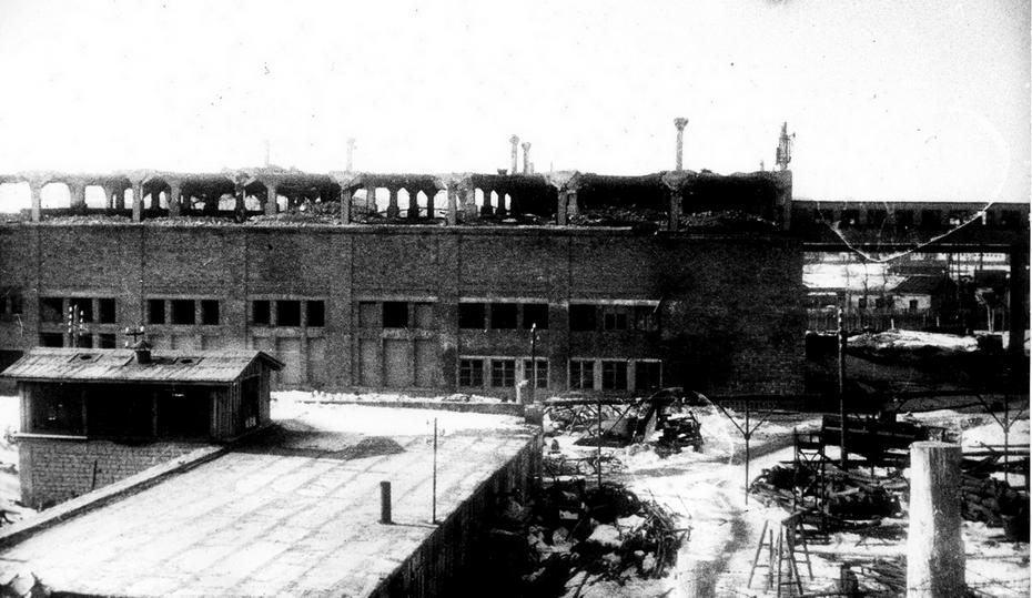 1944. Разрушенный хладокомбинат на Демеевке