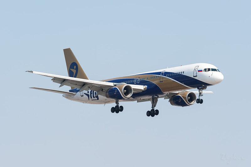 Boeing 757-256 (EI-DUD) I-Fly DSC_9406
