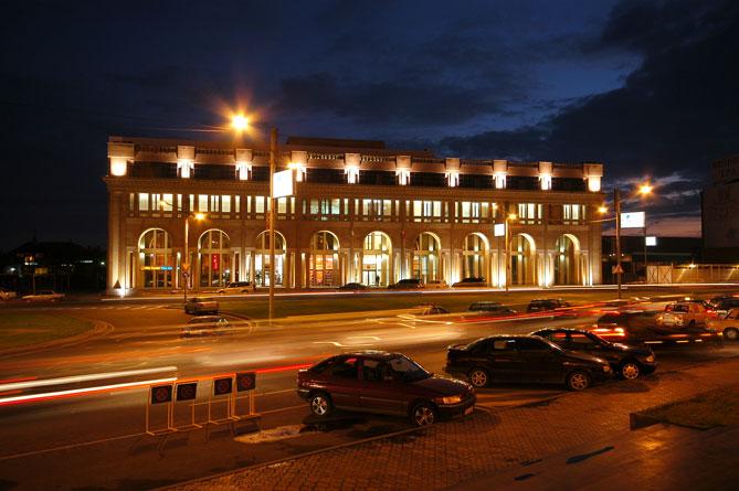 Московские власти предлагают брать в аренду помещения в Армении и Абхазии