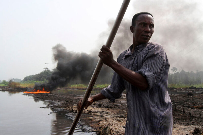 Воруя нефть в нигерии фоторепортаж