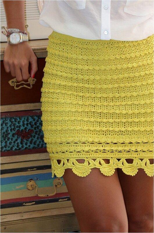 Юбка крючком желтая