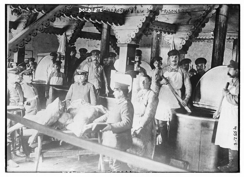 Doeberitz making stew for prisoners.